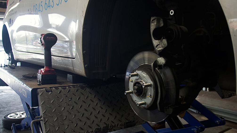 Brake replacement in Walsall Wood